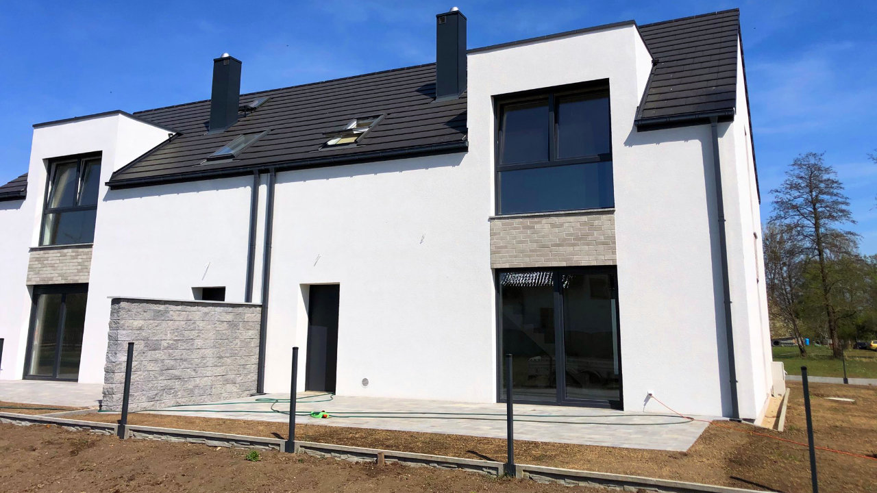 Nowe domy 500 m od Opola